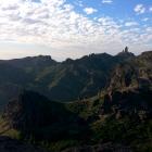 Výhled od úžasné skalní brány Ventana del Nublo